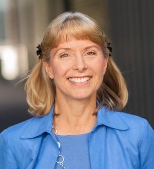 Ellen Strom Headshot