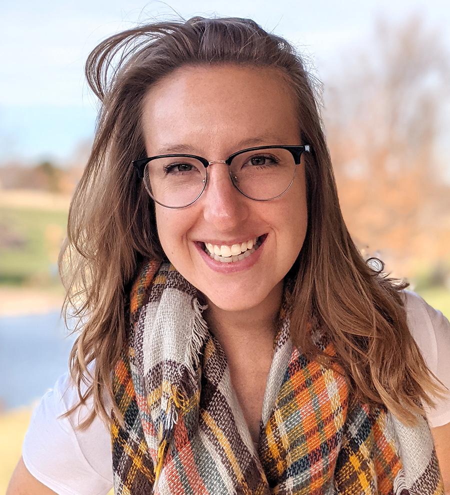 Hannah Buchholz Headshot
